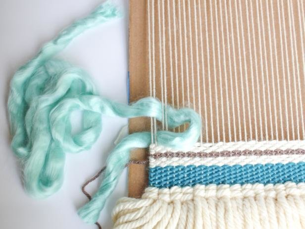 7a483da7bff How To Weave A Bohemian Wall Hanging Without A Loom – Lifestyle A2Z